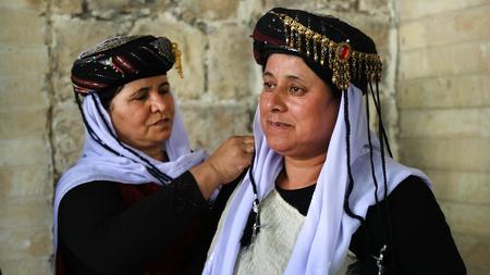 Völkermord: Irakische Jesidinnen nahe der kurdischen Stadt Dohuk