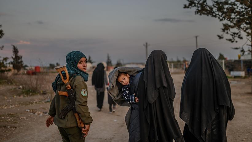 8a9652401979ec IS-Rückkehrer: Angehörige von IS-Kämpfer müssen nach Deutschland ...