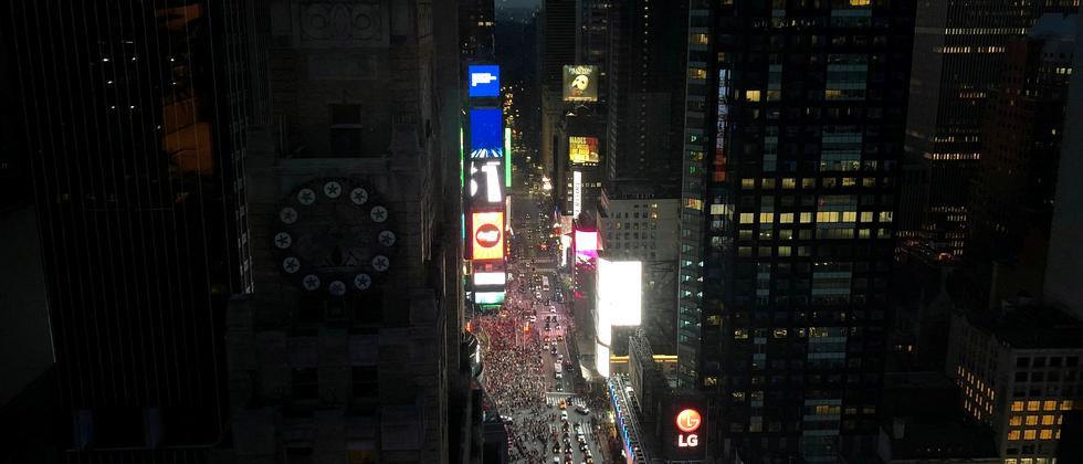 New York City: Vorhang auf, Licht aus!