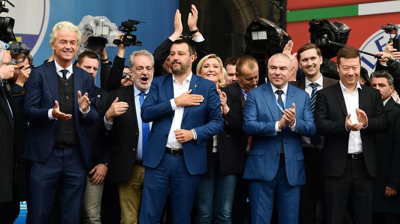 Rechtsextremismus: Nationalisten, die ins Ausland gehen