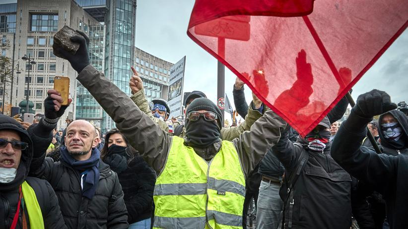 Gelbwesten: Die Proteste der Gelbwesten richten sich gegen die Politik von Frankreichs Präsident Emmanuel Macron.