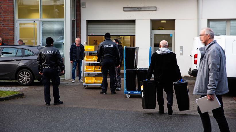 Großrazzia in Hamburg: Firma soll Millionenbetrug mit Krebsmedikamenten organisiert haben