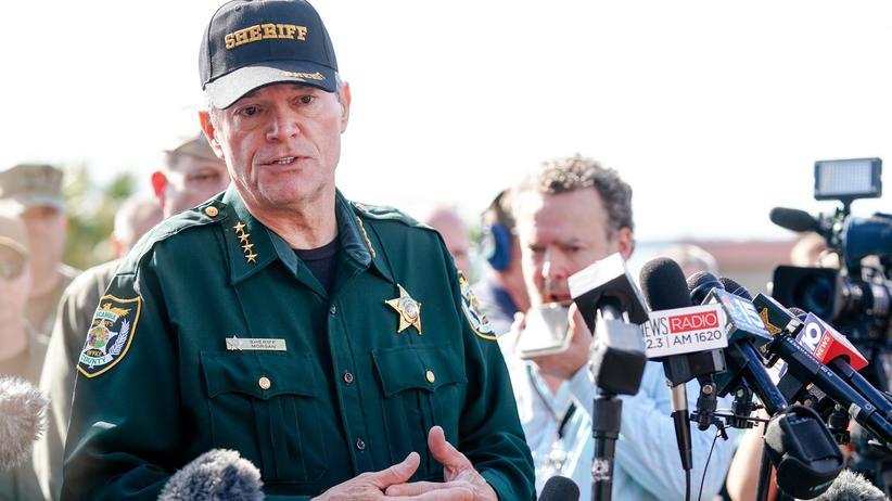Saudische Luftwaffe: County Sheriff David Morgan bei einer Pressekonferenz nach den Schüssen auf der Pensacola Naval Air Base