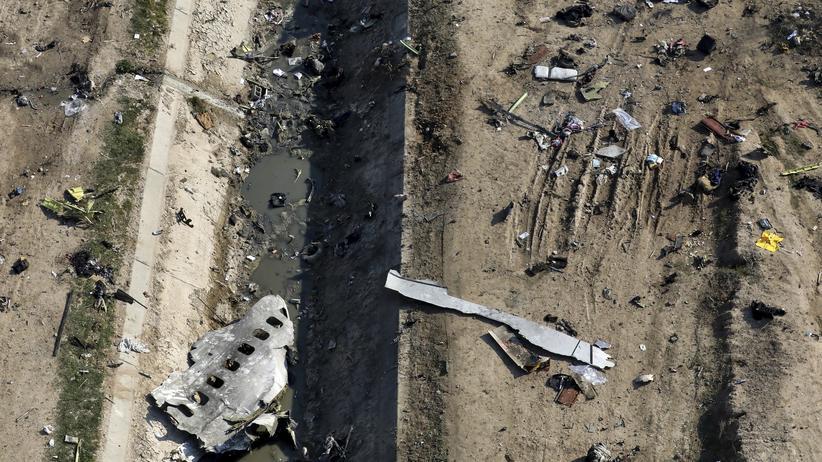 Iran: Wrackteile des möglicherweise abgeschossenen ukrainischen Flugzeugs in Teheran