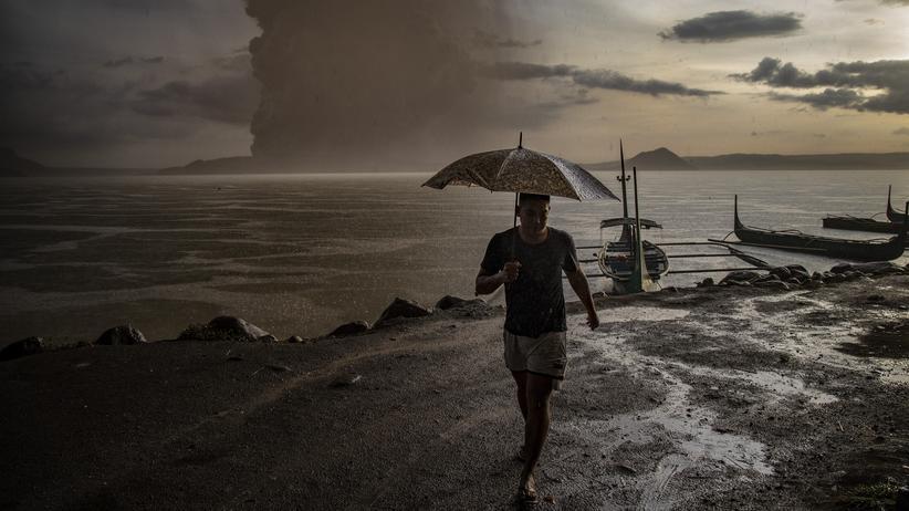 Philippinen: Es regnet Asche und Steine