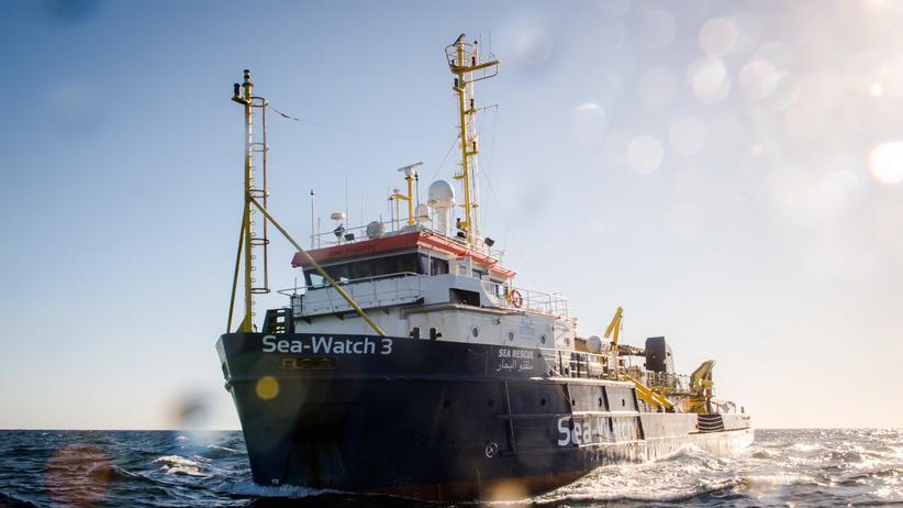 """Mittelmeer: """"Sea-Watch 3"""" rettet 119 Geflüchtete aus Seenot"""