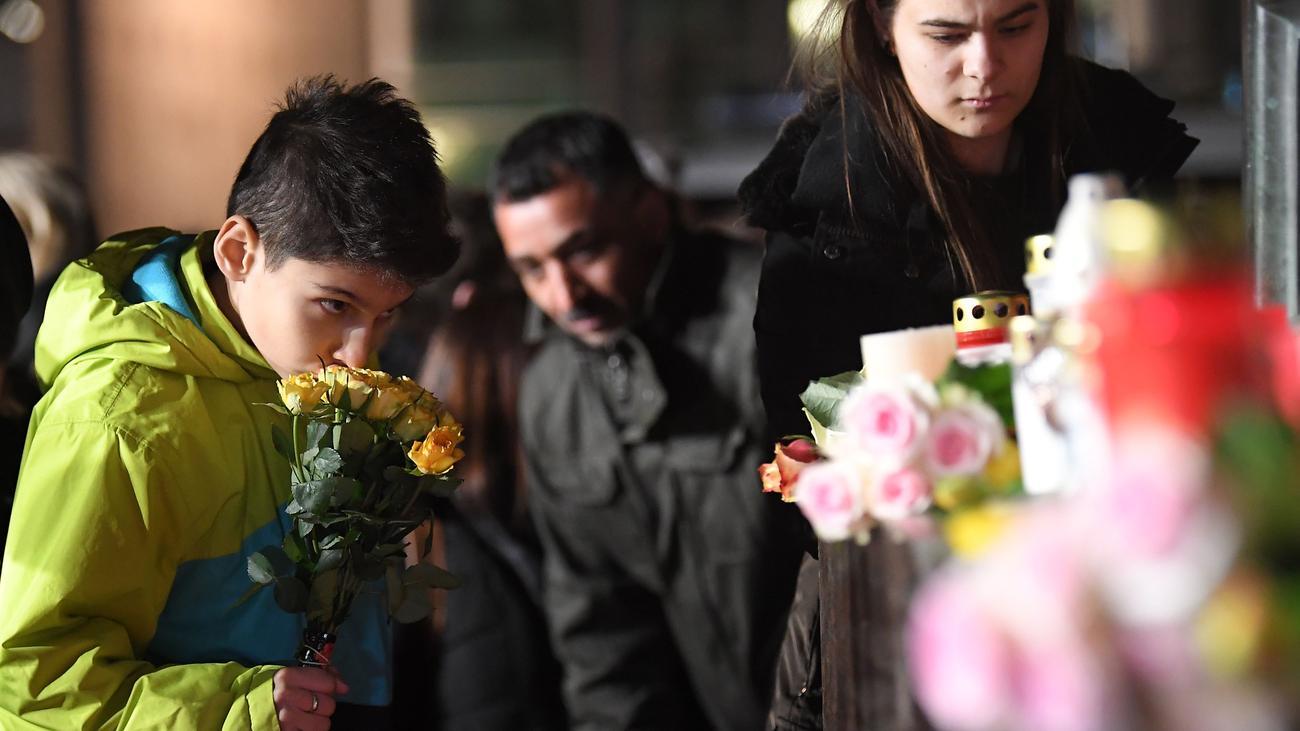 Schüsse in Hanau: Rassistischer Angriff mit neun Toten