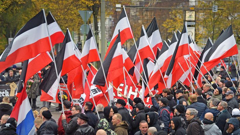 Rechtsextremismus: Neonazidemo in Bielefeld für die Holocaustleugnerin Ursula Haverbeck (November 2019)