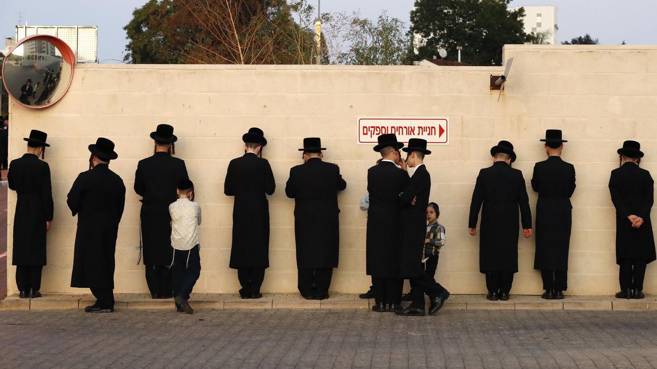 Gesetzliche Feiertage: Theologin schlägt Tausch von Pfingstmontag gegen Jom Kippur vor