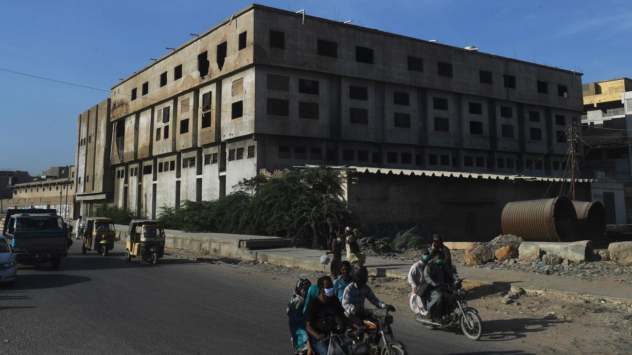 Todesstrafe für zwei Männer nach Fabrikbrand in Karatschi