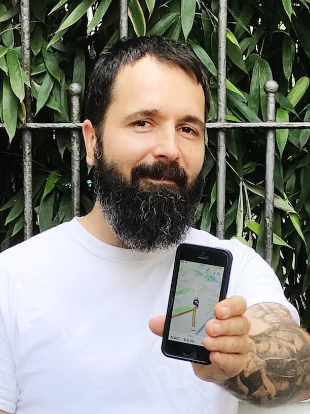Navigationssysteme: Daniel Stolba von der Firma Graphmasters will mit der App Nunav helfen, Staus zu vermeiden
