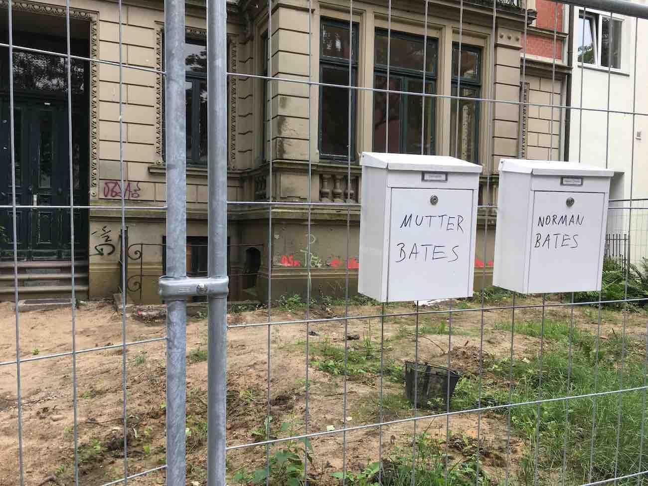 """""""Psycho"""" spielt jetzt in Eimsbüttel."""