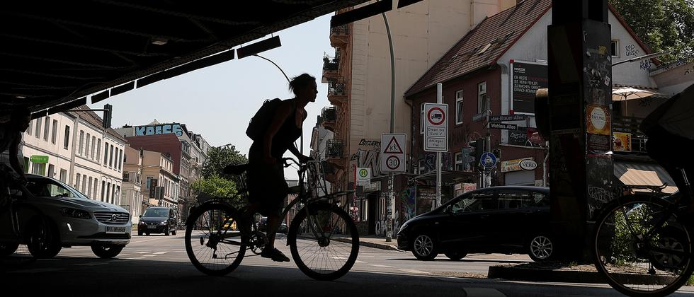 """Jeff Speck: """"Breitere Straßen bringen nur breiteren Stau"""""""