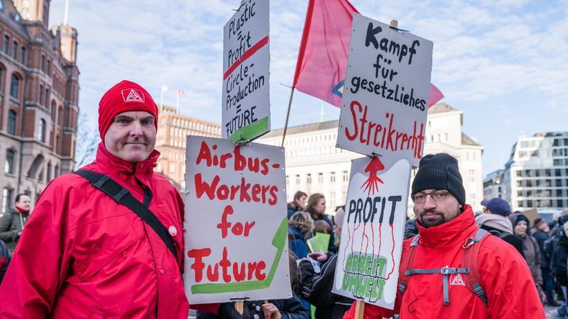 Klimaschutz: Sebastian 37, und Frank, 47, arbeiten im Hamburger Airbus-Werk