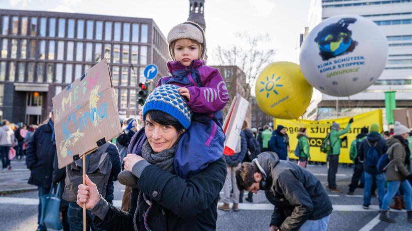 Klimaschutz: Christiane, 39, mit ihrer Tochter Toni, 20 Monate