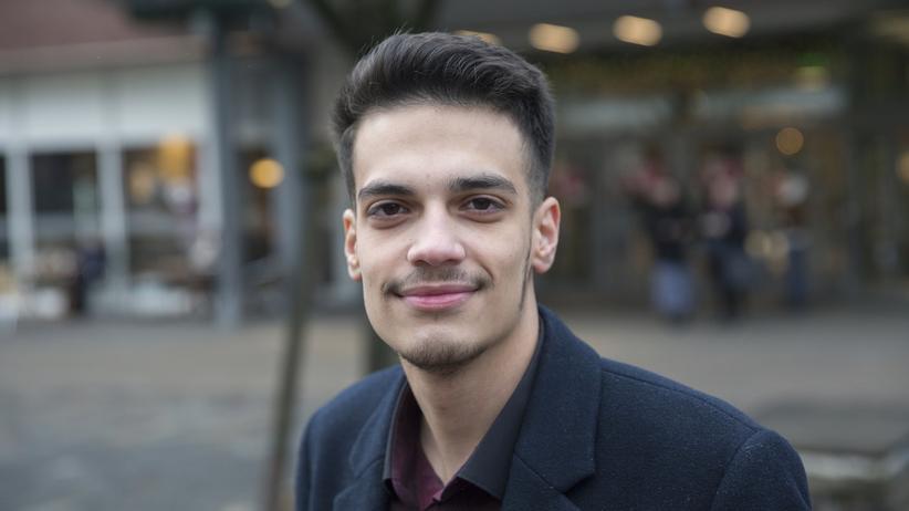 Bürgerschaftswahl in Hamburg: Hadi Al-Wehaily, 18, kandidiert in Hamburg-Billstedt für die Bürgerschaft.