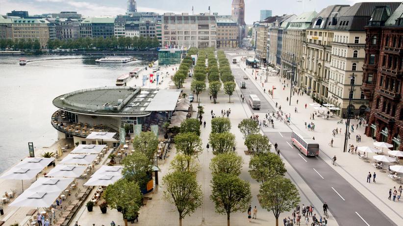 SPD Hamburg: Keine privaten Autos, dafür mehr Platz zum Flanieren: der Hamburger Jungfernstieg, wie die SPD ihn sich vorstellt (Visualisierung)
