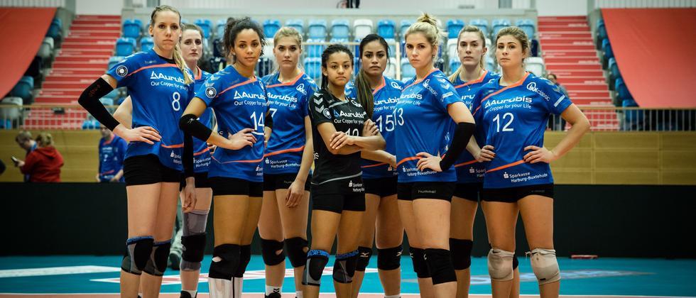 Die Spielerinnen des VT Aurubis