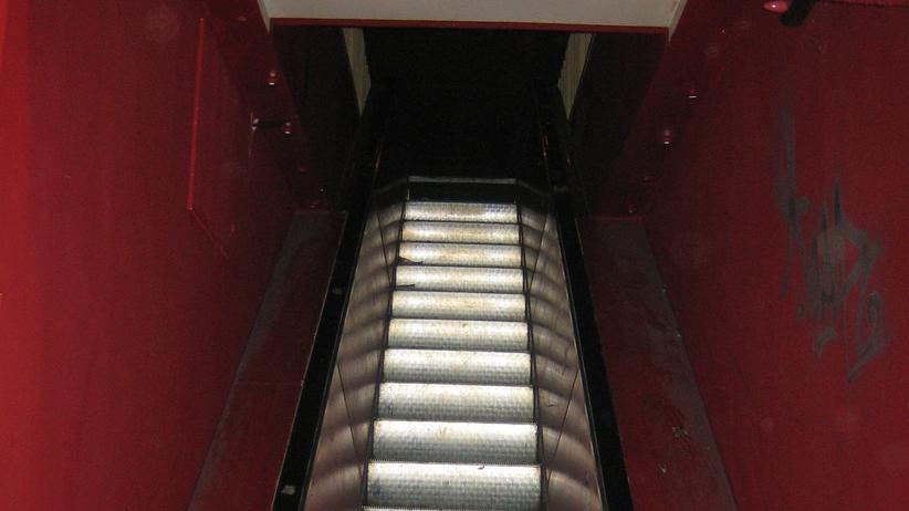 Weltbühne Hamburg: Verdünnter Senf aus Feuerlöschern