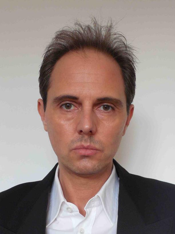 Tankred Tabbert, 48, ist Künstler und lehrt an der Hochschule für Angewandte Wissenschaften Hamburg.