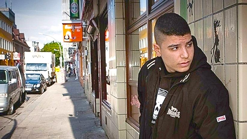 """Nate57: """"Achtsam sein! Alarm!"""" Bei rapper Nate57 klingt Hamburg nach New York."""