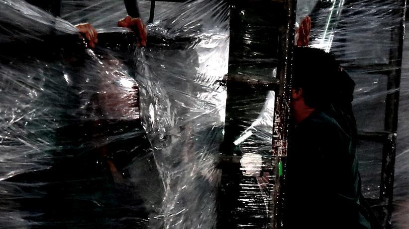 Performance-Kunst: Intellektueller, Loser, Rassistin?