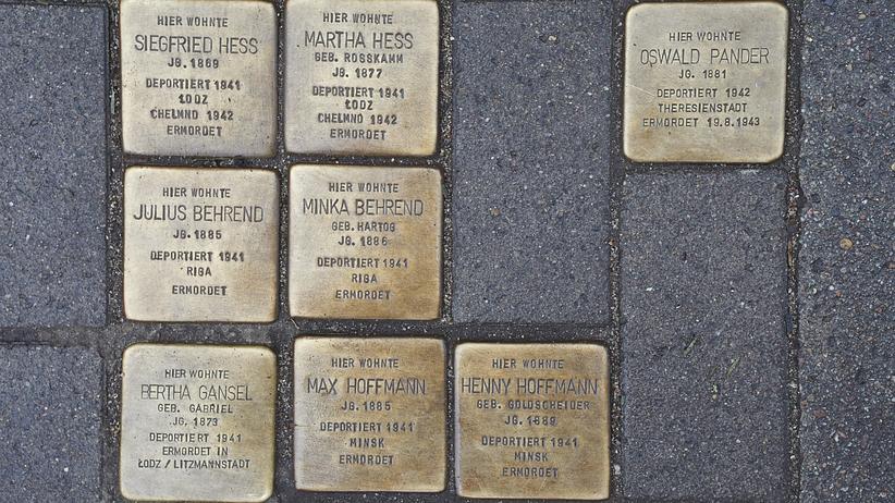 Holocaust: Das Leben von Oswald Pander (Stein oben rechts) war das letzte große Projekt des Autorenteams.