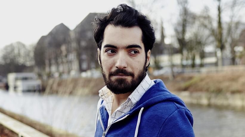 """Flüchtling: """"Ich hätte nie gedacht, dass die Flucht so teuer sein würde"""", sagt Abdullah Naaser"""