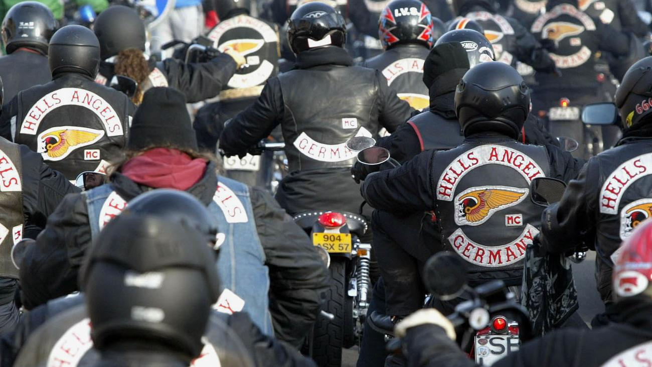 hells angels term paper Street gangs research papers look at the different factors that influence the participation in gangs hell's angels didn't begin as a motorcycle gang.