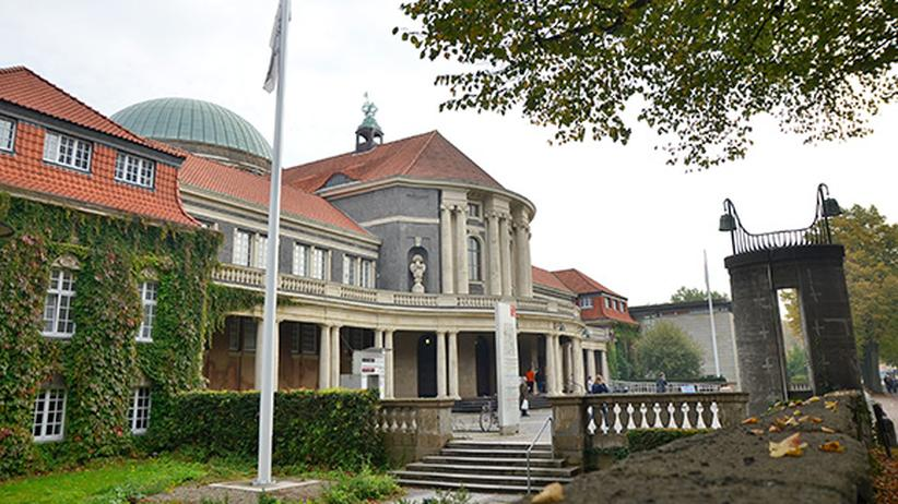 Uni hamburg wiwi bunker rattenstall philo turm zeit for Universitat architektur