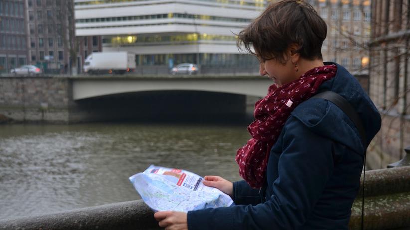 Tourismus: Die Autorin Carla Reveland zu Beginn ihres zweitägigen Experiments als Tourist