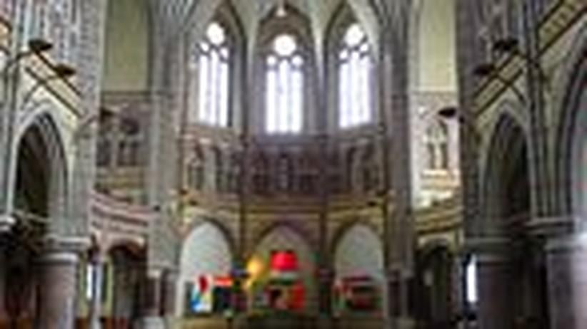 Oster-Brauch: Predigt mit Zoten und Zaubertricks