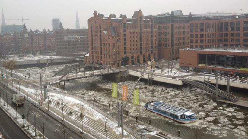 »... angeblich ist es nur ein Gerücht, dass das HafenCity-Management nun Eisbrecher einsetzt ...«