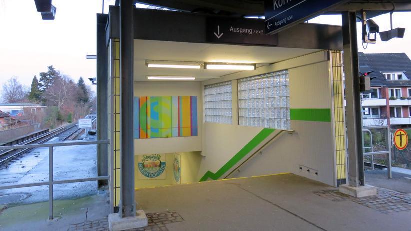 Flüchtlinge : S-Bahnhof im Hamburger Ortsteil Klein Borstel