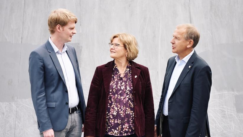 Schulen in Hamburg: Bringen eine hoch aufgeheizte Debatte zurück in die Stadt: die Schulleiter Thimo Witting (links), Helga Wendland und Mathias Morgenroth-Marwedel
