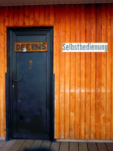 Vorsicht, generell stören sich Deerns eher an Selbstbedienung.