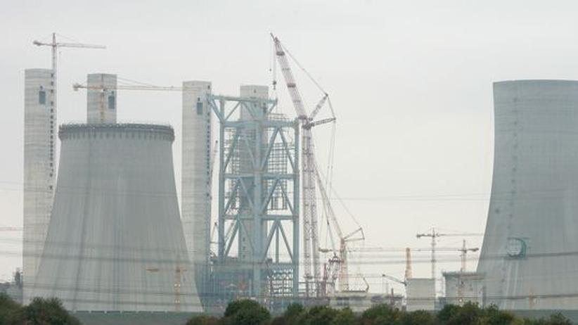 Wer in der Unternehmenskommunikation eines Energiekonzerns arbeitet, muss auch Kraftwerke rechtfertigen