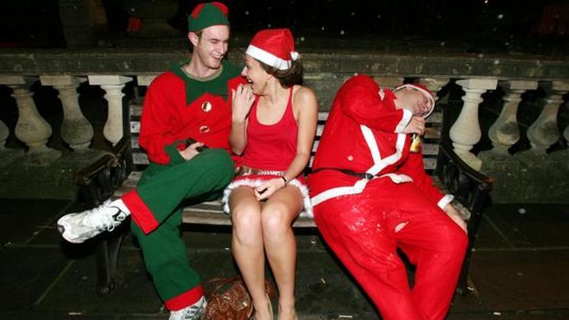 Was Zieht Man Auf Einer Weihnachtsfeier An.Da Staunt Der Chef Die Weihnachtsfeier Ist Keine