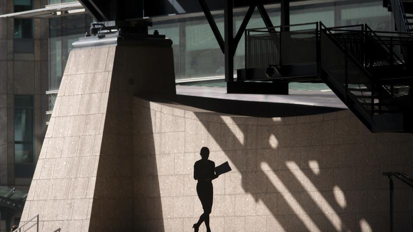 Frauenquote: Mit dem Frauenanteil steigt auch das Gehalt
