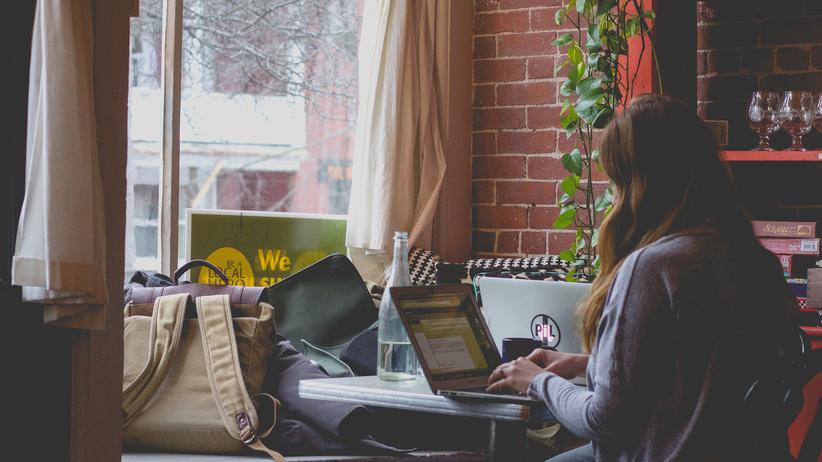 Würden sich Falschnachrichten und Beschimpfungen im Netz verhindern lassen, wenn mehr Nutzer aktiv dagegen vorgehen?