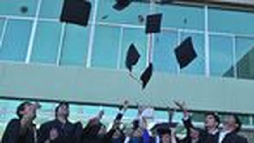 Berufsbegleitender Master: Aus dem Büro an die Uni
