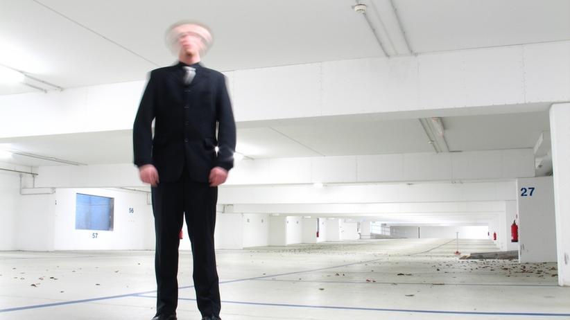 Kritik: Loyale Mitarbeiter kritisieren den Chef