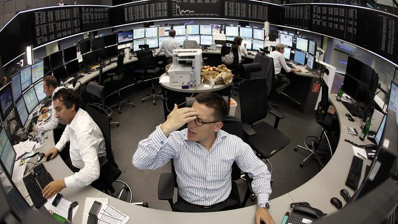 Aktienhändler an der Frankfurter Börse: Die Finanzkrise hat gezeigt, welche negativen Folgen es haben kann, wenn nur noch die Zahlen im Fokus stehen.