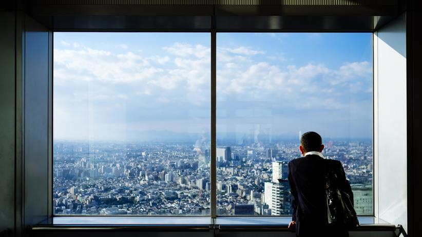 Mindestens 22 Prozent aller Konzernlenker müssen ihren Posten vorzeitig verlassen, zeigt eine neue Studie.