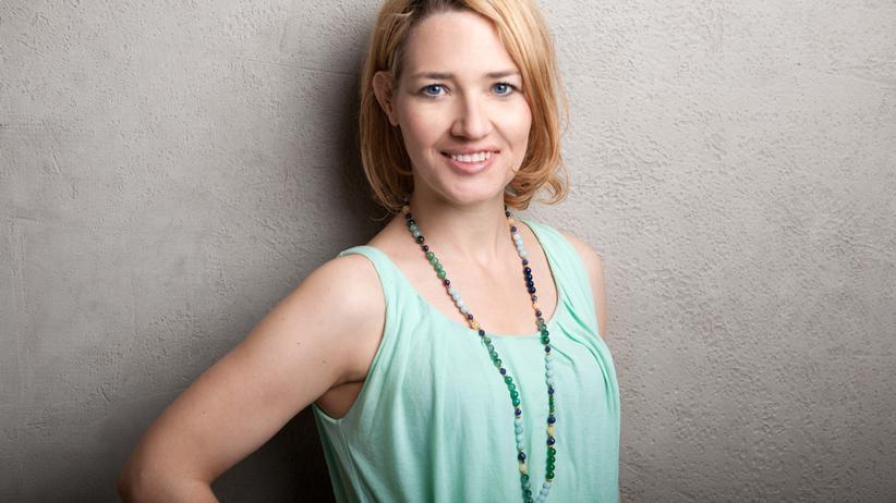 Die Karriere als Marketingchefin machte sie nicht glücklich. So wurde Julia Nußhart Yogalehrerin und Schmuckdesignerin.