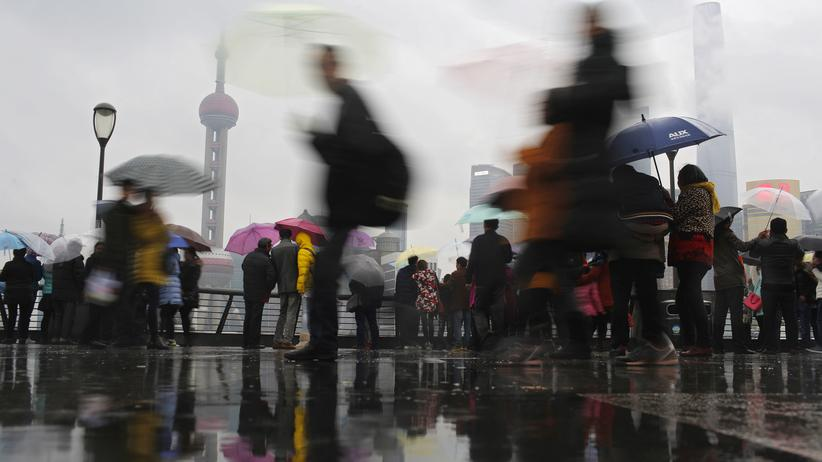 Zum Beispiel für einige Monate in Shanghai tätig sein: Immer mehr große Unternehmen aus Deutschland senden ihre Auszubildenden für eine Weile in ihre Niederlassungen in China.