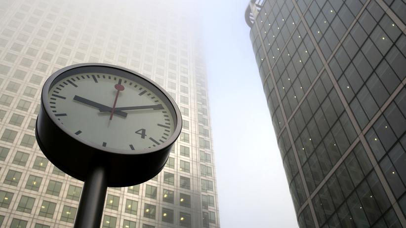 Arbeitszeit: Auch bei Vertrauensarbeitszeit müssen Überstunden erfasst werden