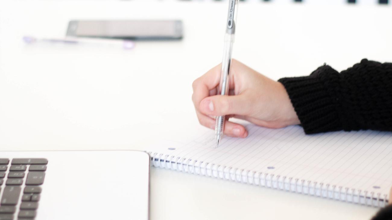 Arbeitsvertrag News Und Infos Zeit Online