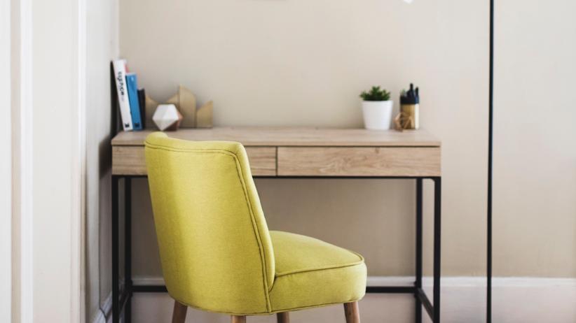 Zuhause konzentrierter arbeiten? In der Regel sind Mitarbeiter im Homeoffice tatsächlich produktiver – und trotzdem nicht unbedingt gesünder.