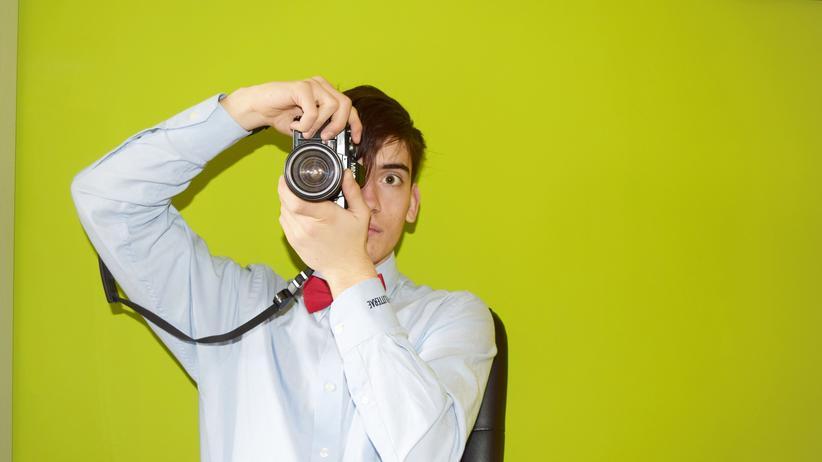 Welche Bilder darf der Arbeitgeber von seinen Angestellten nutzen? Diese Frage ist immer wieder Thema vor den Arbeitsgerichten.